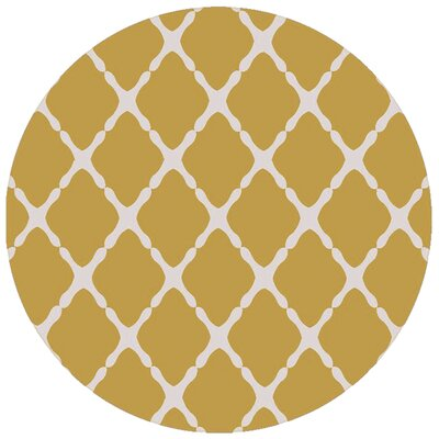 Dixfield Gold Indoor/Outdoor Area Rug Rug Size: Round 8