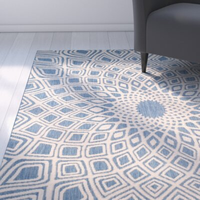 Mullen Geometric Blue/Beige Indoor/Outdoor Area Rug Rug Size: Round 67