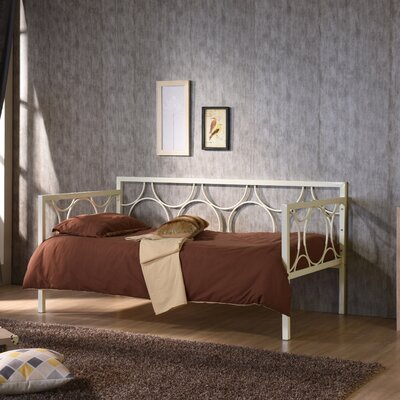Demona Daybed Color: Ivory