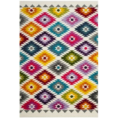 Cleveland Geometric Cream Area Rug Rug Size: Rectangle 4 x 6