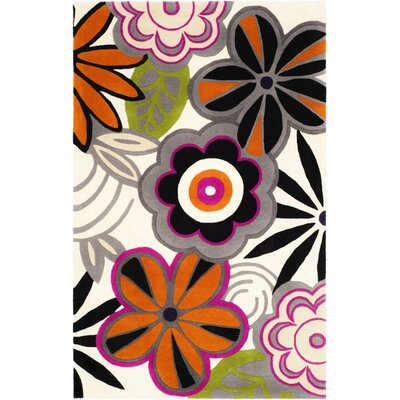 Chidi Floral Area Rug Rug Size: Rectangle 5 x 8