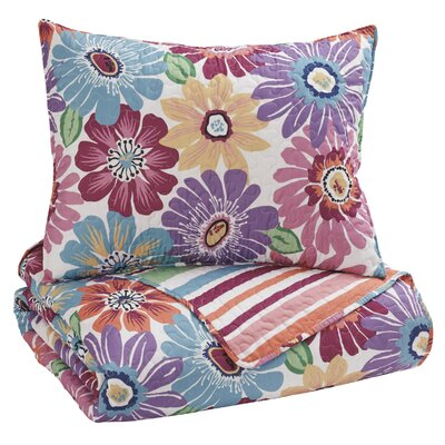 Kalene Quilt Set Size: Twin