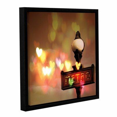 'Night Life Paris' Framed Graphic Art Size: 10