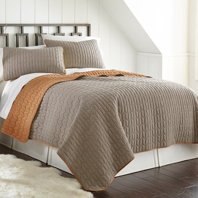 Jan 3 Piece Reversible Coverlet Set Color: Atmosphere/Hazel, Size: King