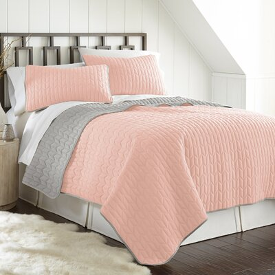 Jan 3 Piece Reversible Coverlet Set Color: Leaf Blush/Silver, Size: King