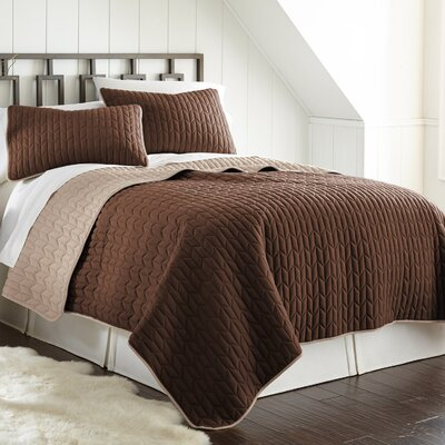 Jan 3 Piece Reversible Coverlet Set Color: Deep Mahogony/Dew, Size: Queen
