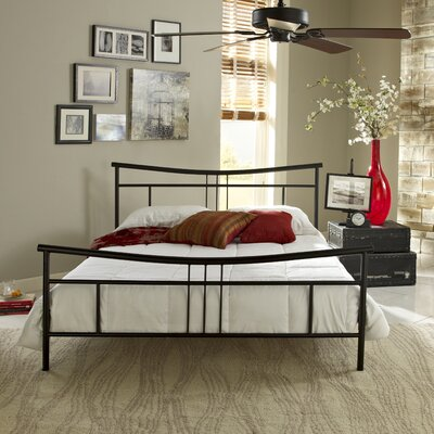 Nia Platform Bed Size: Queen, Color: Black