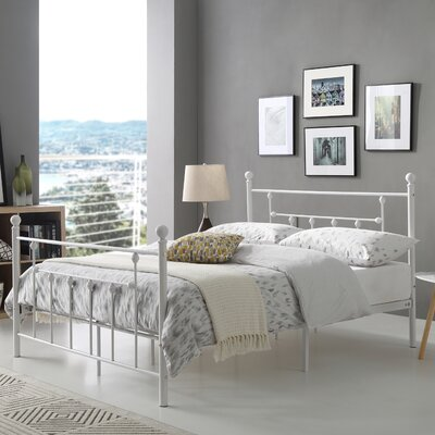 Maureen Metal Platform Bed Finish: White, Size: Queen