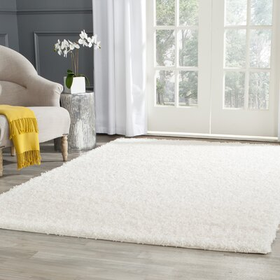 Kourtney White Area Rug Rug Size: Rectangle 4 x 6