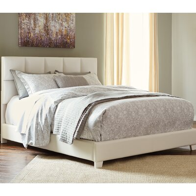 Fernanda Upholstered Platform Bed Size: King