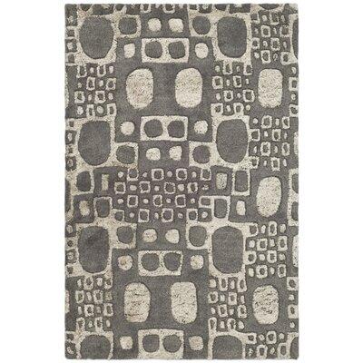 Freda Dark Gray/Ivory Area Rug Rug Size: 5 x 8