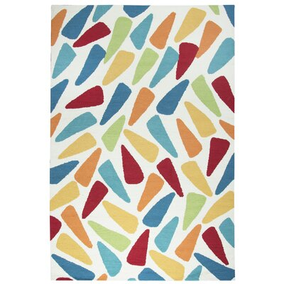 June Hand-Tufted Indoor/Outdoor Area Rug Size: 76 x 96