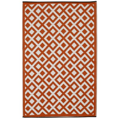 Reva Cherry Tomato/Bright White Indoor/Outdoor Area Rug Rug Size: 6 x 9