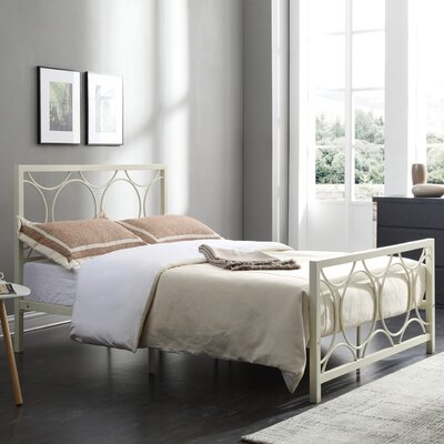 Alisha Panel Bed Size: Full, Color: Ivory