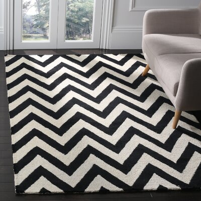 Daveney Hand-Tufted Wool Black/Ivory Area Rug Rug Size: Rectangle 5 x 8