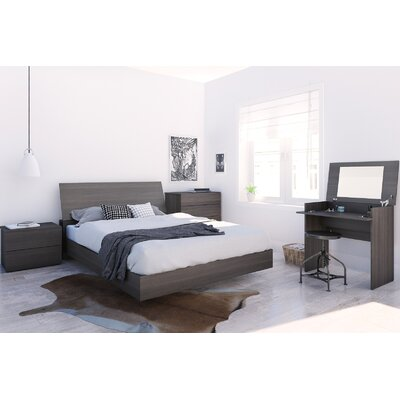 Mullet Platform Bed Size: Queen, Color: Ebony