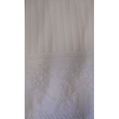 Anchor & Rope Towel Color: White
