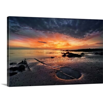 'Into the Sunset' by Azorsteinn H. Ingibergsson Photographic Print on Canvas 2356434_48_32_MW