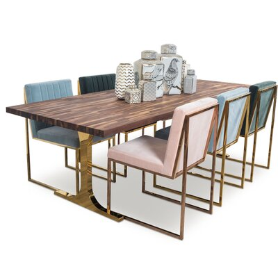 Brooklyn Dining Table Size: 8