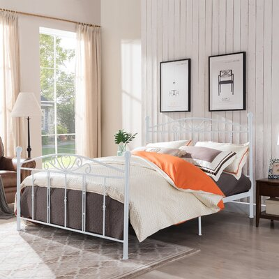Troncoso Queen Panel Bed Color: White