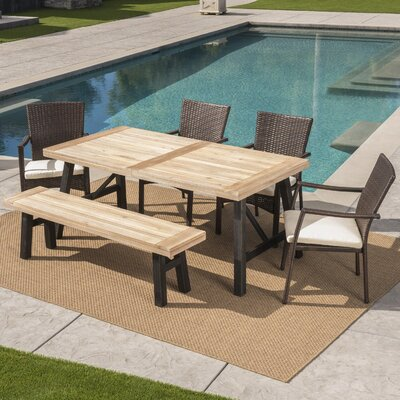 Polen Outdoor Dining Set Cushions 2012 Product Image