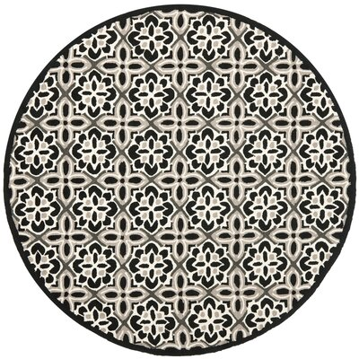 Ridgefield Black/Ivory Outdoor Area Rug Rug Size: Round 6