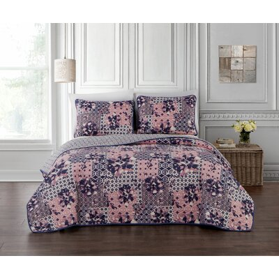 Syracuse 3 Piece Quilt Set Size: Queen, Color: Pink