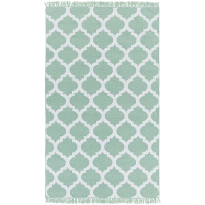 Derby Hand-Woven Green Outdoor Area Rug Rug Size: 36 x 56