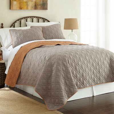 Peyton 3 Piece Reversible Coverlet Set Color: Atmosphere/Hazel, Size: King