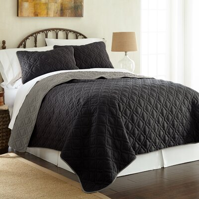 Peyton 3 Piece Reversible Coverlet Set Color: Black/Gray, Size: Queen