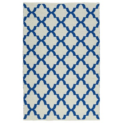 Tyesha Navy/White Indoor/Outdoor Area Rug Rug Size: Rectangle 5 x 76