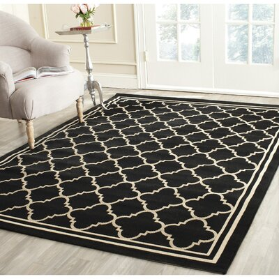 Short Black/Beige Indoor/Outdoor Rug Rug Size: Square 4