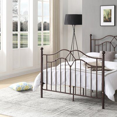 Krista Metal Platform Bed Size: Twin
