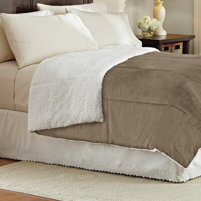 Wellesley Micromink Reverse To Sherpa Comforter Size: Twin, Color: Khaki