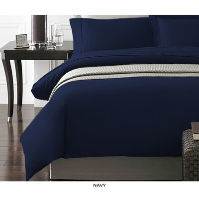 Wayne Duvet Cover Set Color: Navy, Size: Full/Queen