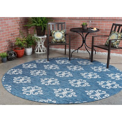 Bella Transitional Indigo Indoor/Outdoor Area Rug Rug Size: Round 710