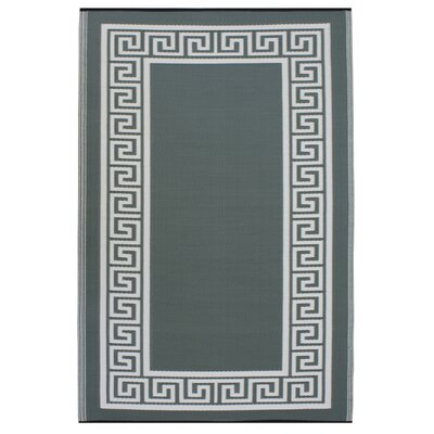 Martina Olive Green/Cream Indoor/Outdoor Area Rug Rug Size: 4 x 6