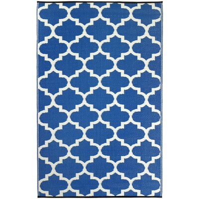 Martina Tangier Regatta Blue & White Indoor/Outdoor Area Rug Rug Size: 6 x 9