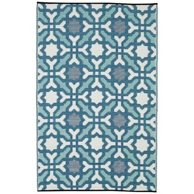 Martina Blue Indoor/Outdoor Area Rug Rug Size: 4 x 6