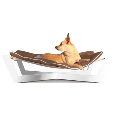 Tricia Pet Hammock Color: Chestnut Brown