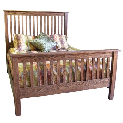 Queen Panel Bed Color: Honey Oak