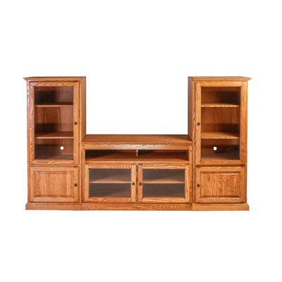 Traditional Entertainment Center Color: Red Oak