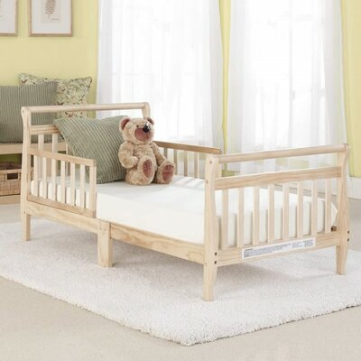 Big Oshi Convertible Toddler Bed Finish: Natural