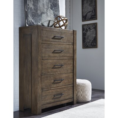 Fiorella 5 Drawer Chest