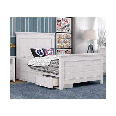 Inwood Complete Bed Size: Full, Color: Bright White