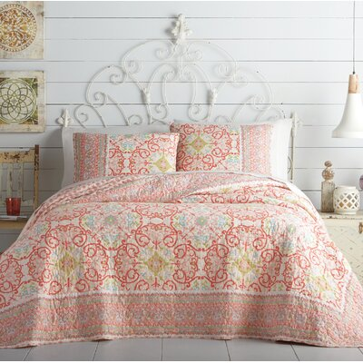 Alila Reversible Quilt Size: Full/Queen