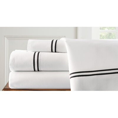 4 Piece Double Stripe Sheet Set Size: Queen, Color: White / Black