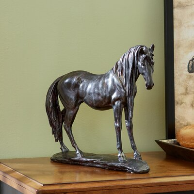 Hanoverian Horse Figurine THRE2363 25601944