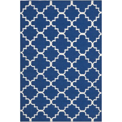 Danbury Dark Blue/Ivory Area Rug Rug Size: 4 x 6