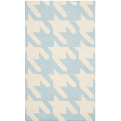 Danbury Light Blue / Ivory Area Rug Rug Size: 4 x 6
